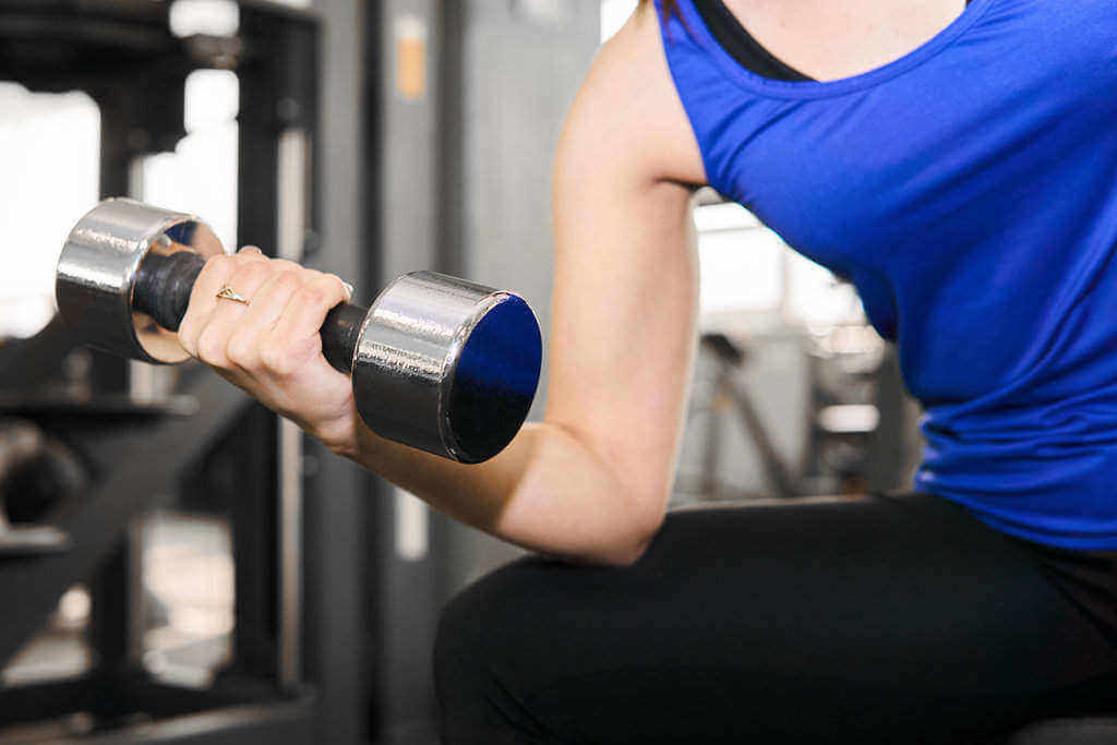 13 Benefits of Weightlifting (Barbells) for Health